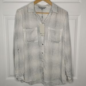 3/$45 NWT Viaressa Roll Sleeve Blouse Dot Matrix